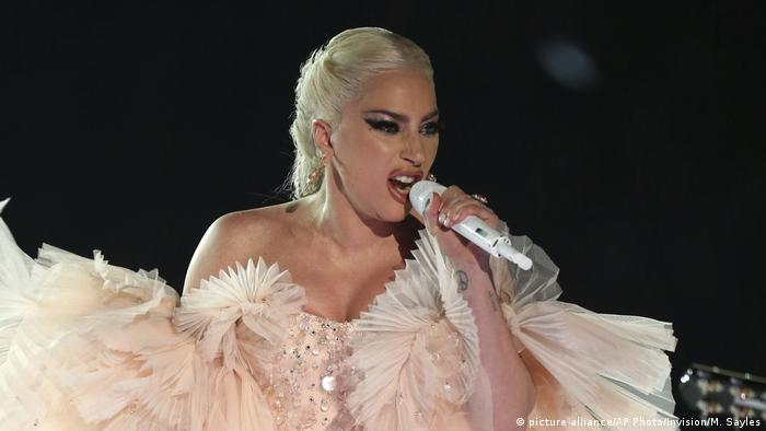 Lady Gaga performs onstage at the 60th annual Grammy Awards at Madison Square Garden (picture-alliance/AP Photo/Invision/M. Sayles)