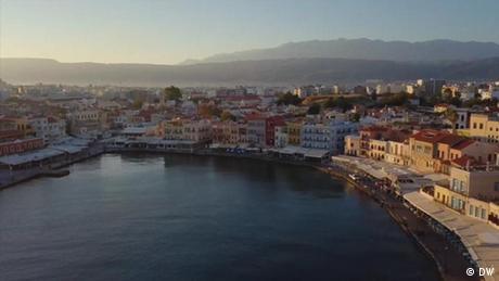 Ελληνικός τουρισμός: Λιγότεροι αλλά ενθουσιασμένοι επισκέπτες