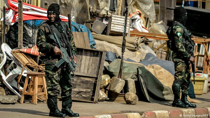 Cameroonian soldiers securing the streets of Bamenda