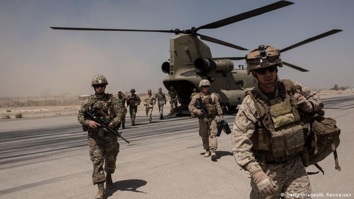 افغانستان میں اس وقت امریکا کے تقریباﹰ ڈھائی ہزار فوجی تعینات ہیں