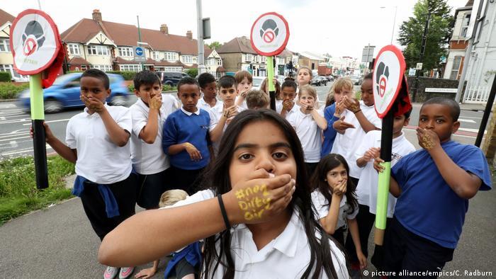 Europa Demonstration gegen Luftverschmutzung Großbritannien