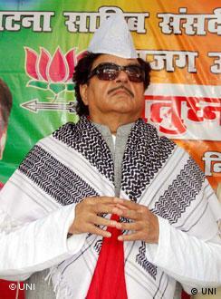 राहुल की तारीफ़ से शॉटगन ने कहां साधा है निशाना