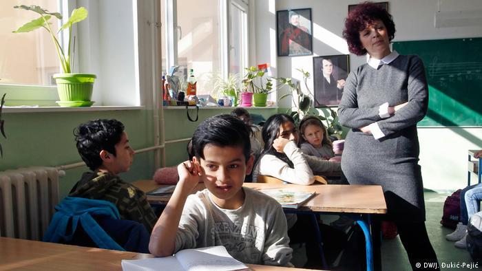 Serbien Flüchtlingskinder in der Schule