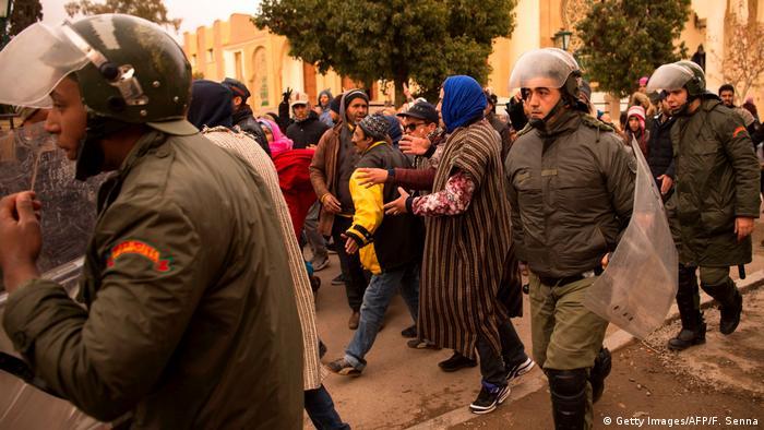 Marokko Polizei (Getty Images/AFP/F. Senna)