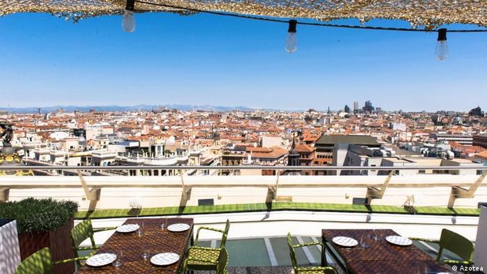 Spanien Dachterasse des Bellas Artes in Madrid (Azotea)