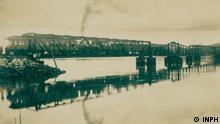 Ehemalige Brücke über den Kanal der Linguado in Sao Francisco do Sul, Santa Catarina Wann: 1930 (ungefähr) Wo: Sao Francisco do Sul, Santa Catarina, Brasilien Copyright: Instituto Nacional de Pesquisas Hidroviárias - INPH (öffentliche Domäne)