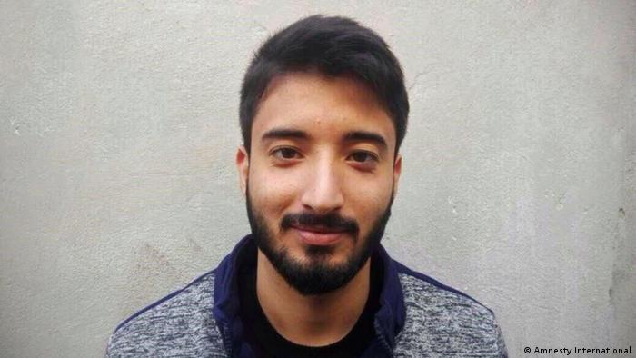 علی کاظمی در ۱۵ سالگی متهم شده بود که در جریان دعوایی گروهی یک نفر را کشته است