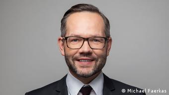 Michael Roth (Michael Faerkas)