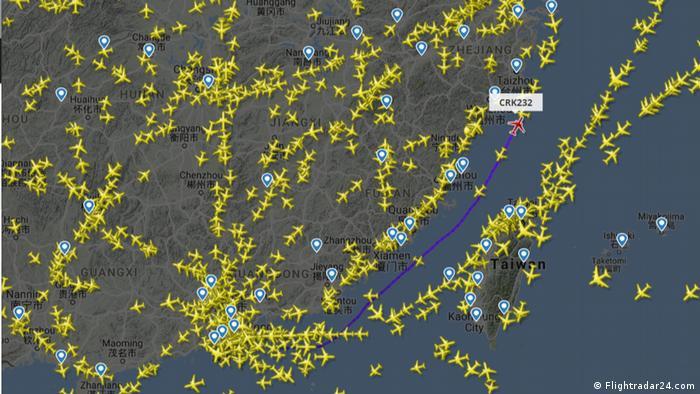 China und Taiwan streiten über die Flugroute M503 (Flightradar24.com)