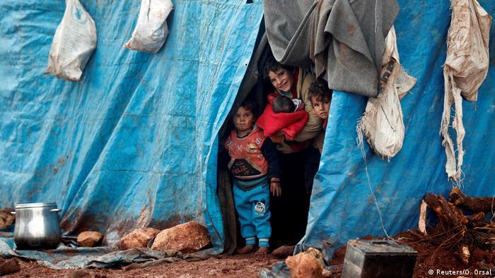 Syrien Flüchtlinge in Idlib (Reuters/O. Orsal)