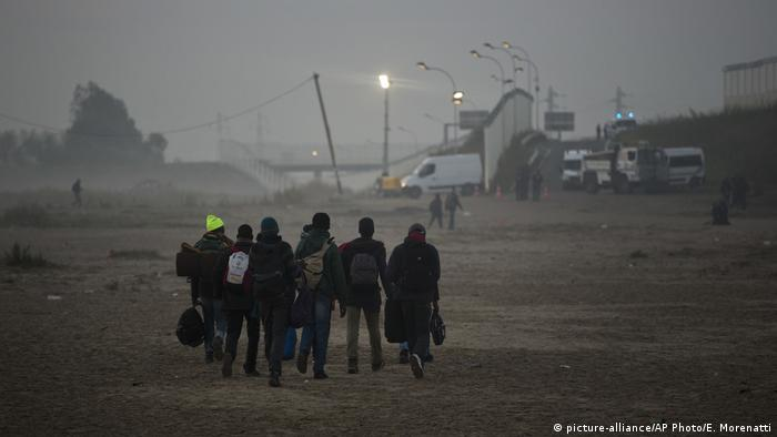 Frankreich Einwanderung in Calais (picture-alliance/AP Photo/E. Morenatti)