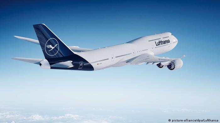 Lufthansa presents its new design (picture-alliance / dpa / Lufthansa)