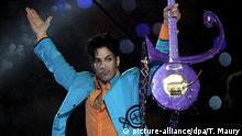 Super Bowl 2007 - Prince tritt bei Halbzeit-Show auf