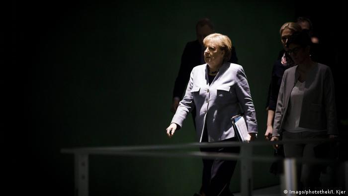 Angela Merkel: no poder há 12 anos, ela tenta salvar seu quarto mandato