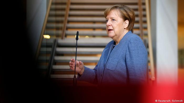 Deutschland Koalitionsverhandlungen Willy-Brandt-Haus Berlin | Angela Merkel, Bundeskanzlerin (Reuters/A. Schmidt)