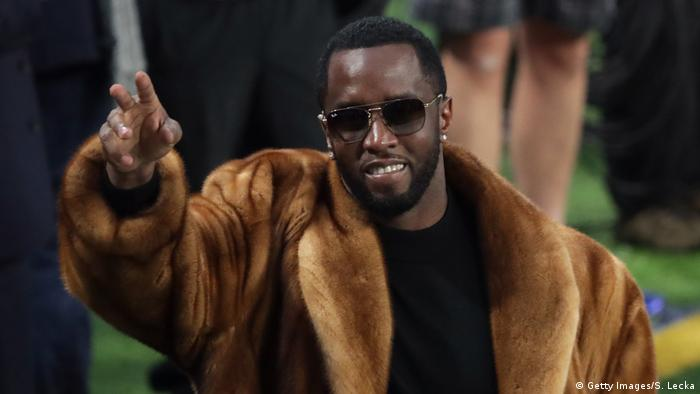 Super Bowl LII - Philadelphia Eagles v New England Patriots Rapper Sean Diddy Combs (Getty Images/S. Lecka)