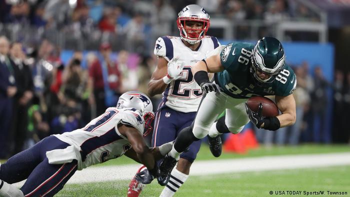 Super Bowl LII-Philadelphia Eagles vs New England Patriots Zach Ertz (USA TODAY Sports/W. Townson)