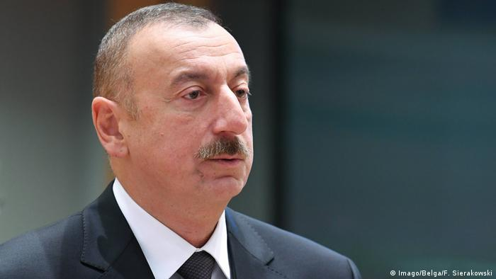 Ilham Aliyev at a Brussels meeting in 2017 (Imago/Belga/F. Sierakowski)