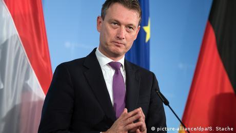 Глава МЗС Нідерландів пішов у відставку через брехню про Путіна