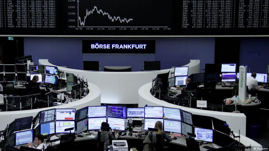 Trading floor panic