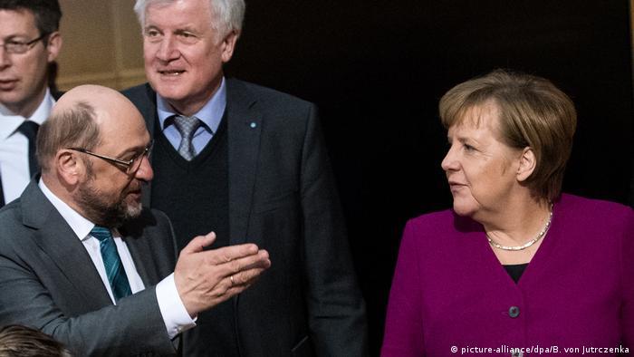 Schulz, Merkel and Seehofer in coalition talks