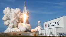 SpaceX Falcon Heavy Rakete am Kennedy Space Center in Cape Canaveral
