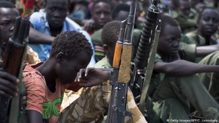 Südsudan - Kindersoldaten (Getty Images/AFP/C. Lomodong)