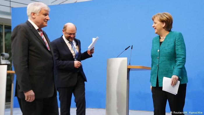 Deutschland Koalitionsvertrag in Berlin   Merkel & Schulz & Seehofer (Reuters/H. Hanschke)
