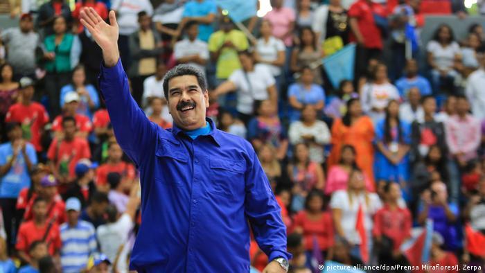 Venezuela Nicolas Maduro (picture alliance/dpa/Prensa Miraflores/J. Zerpa)