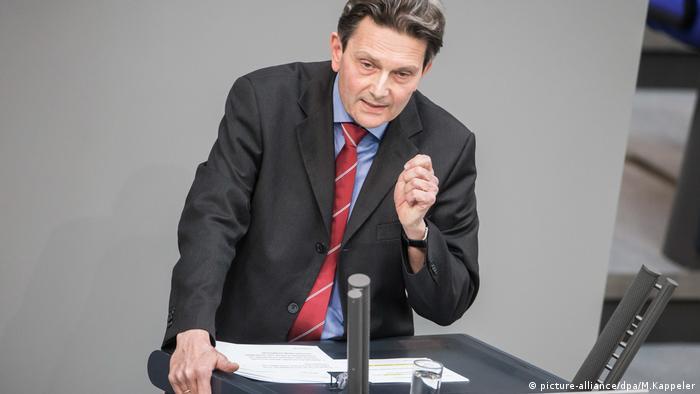 Rolf Mützenich (SPD) spricht im Bundestag in Berlin (picture-alliance/dpa/M.Kappeler)