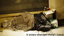 Frankreich Obdachlos (picture-alliance/AP Photo/T. Camus)