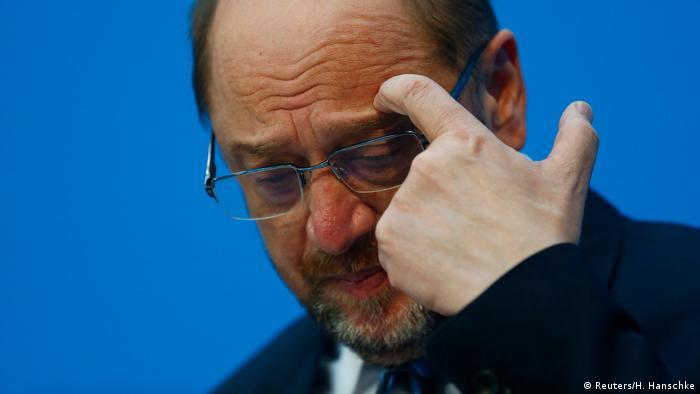 Martin Schulz verzichtet auf Außenminister-Posten (Reuters/H. Hanschke)