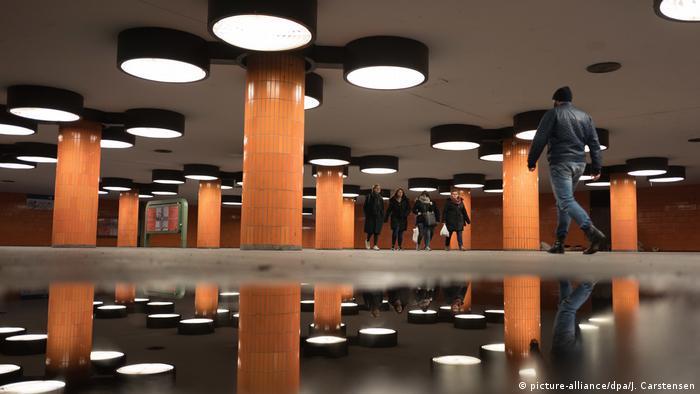 Passagem subterrânea da avenida Messedamm