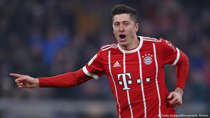 0a832d00596 Deutschland FC Bayern München v FC Schalke 04 - Bundesliga (Getty  Images/Bongarts/
