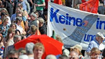 A protest in Frankfurt against US nuclear weapons