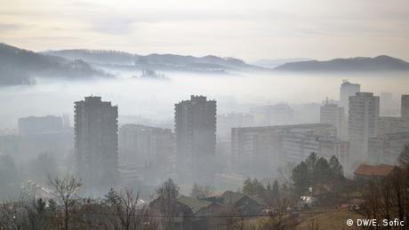 Bosnien-Herzegowina Luftverschmutzung in Tuzla (DW/E. Sofic)
