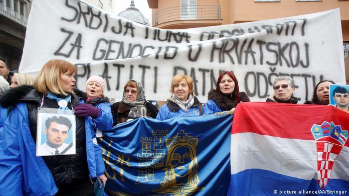 Serbischer Präsident Aleksandar Vucic in Kroatien Proteste in Zagreb (picture alliance/AA/Stringer)