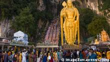 February 4, 2017 - Kuala Lumpur, MALAYSIA - Malaysian Hindu devotee participates in the festival of Thaipusam in Batu caves, Malaysia, on February 04, 2017. Thaipusam is celebrated by devotees of the Hindu god Murugan and is an important festival of the Tamil community in countries like India, Sri Lanka, Indonesia, Thailand, Malaysia, and Singapore, during which devotees pierce themselves with spikes and take part in long processions. Kuala Lumpur MALAYSIA PUBLICATIONxINxGERxSUIxAUTxONLY - ZUMAj91_ 20170204_zap_j91_022 Copyright: xChrisxJungx February 4 2017 Kuala Lumpur Malaysia Malaysian Hindu devotee participates in The Festival of Thaipusam in Batu Caves Malaysia ON February 04 2017 Thaipusam IS celebrated by devotees of The Hindu God Murugan and IS to IMPORTANT Festival of The Tamil Community in Countries Like India Sri Lanka Indonesia Thai country Malaysia and Singapore during Which devotees Pierce themselves With Spikes and Take Part in Long processions Kuala Lumpur Malaysia PUBLICATIONxINxGERxSUIxAUTxONLY ZUMAj91_ 20170204_zap_j91_022 Copyright xChrisxJungx