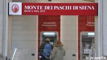 Italien   Bankautomat der Bank Monte dei Paschi in Siena