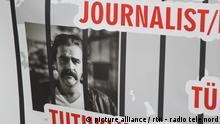 Deniz Yücel, Demonstration gegen in der Türkei inhaftierte Journalisten
