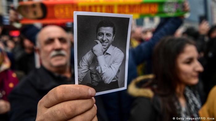 Türkei Proteste von Anhängern Demirtas