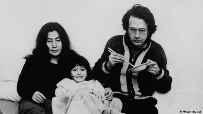 Yoko Ono mit Anthony Cox und Tochter Kyoko Chan Cox (Foto: Getty Images)
