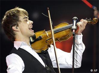 الکساندر ریبک، خواننده نروژی و فاتح یوروویژن ۲۰۰۹