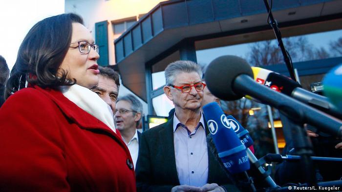 Deutschland Politischer Aschermittwoch   SPD Nahles (Reuters/L. Kuegeler)