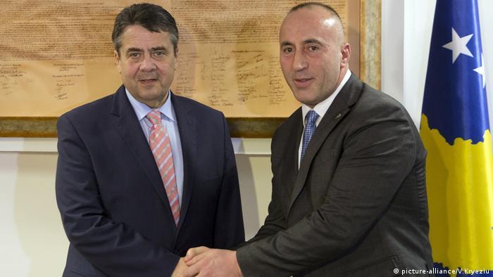Außenminister Gabriel zu Besuch im Kosovo
