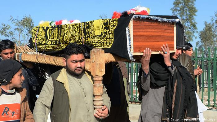Civilian deaths at record high in Afghanistan, UN reports (dw.com)