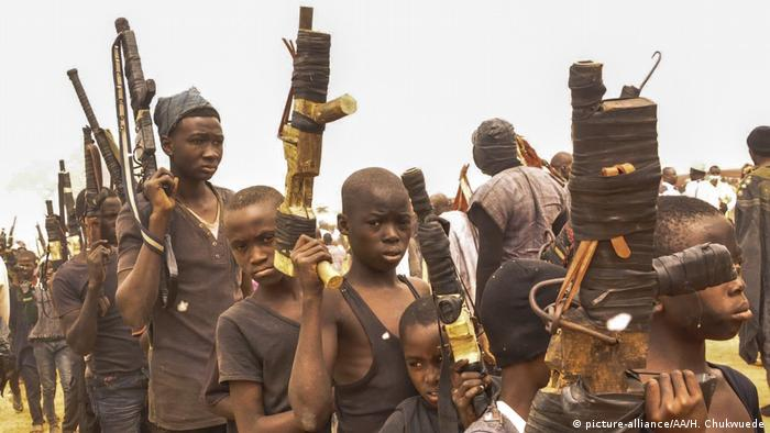 Nigeria - Irewha Hunt Festival (picture-alliance/AA/H. Chukwuede)