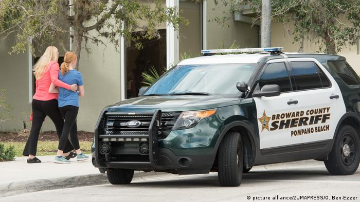 USA - Polizeiauto - Florida High School Shooting (picture alliance/ZUMAPRESS/O. Ben-Ezzer)