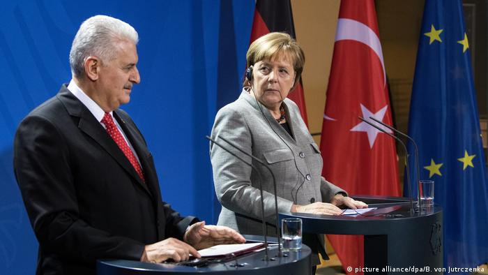 Turkish Prime Minister Binali Yildirim with Chancellor Angela Merkel