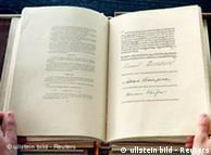 Hace 60 años, entró en vigor la Ley Fundamental alemana.